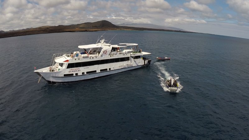Vessel-Port-Dinghy-Humboldt-Explorer-Galapagos-Explorer-Ventures-Liveaboard-Diving