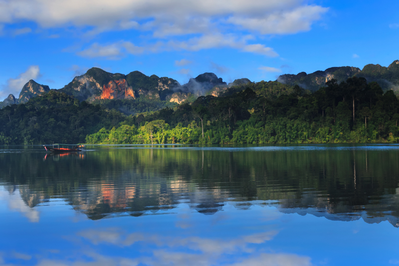 Cheow Larn Lake in Khao Sok National Park Thailand, picture by Elephant Hills Rainforest Camp Thailand 8