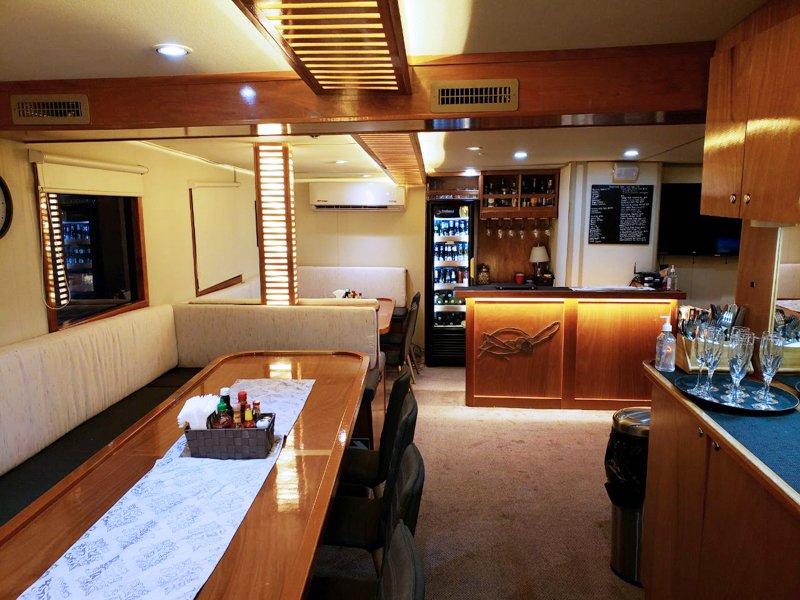 undersea_dining_room