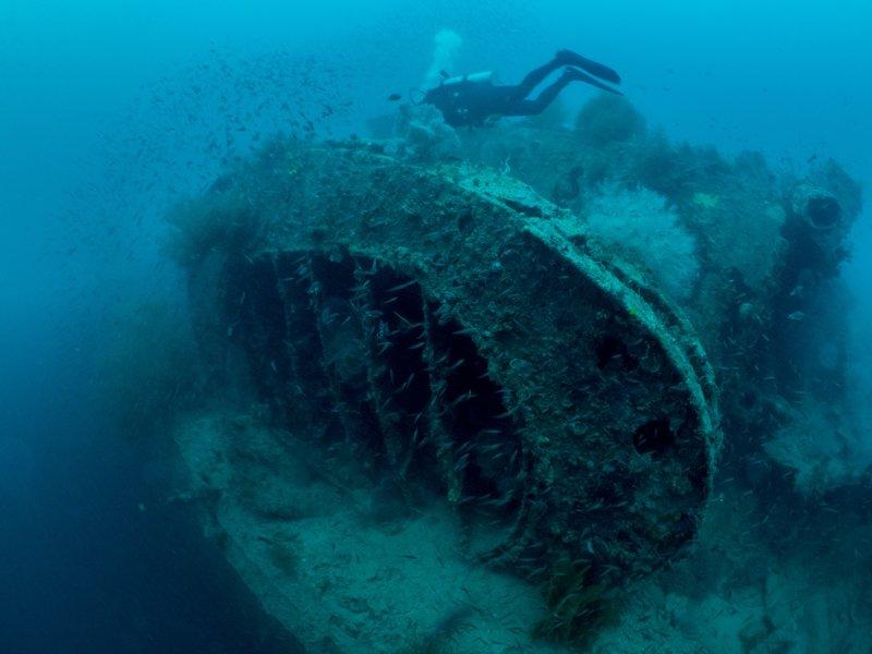 Sangat Island Resort - wreck diving-2
