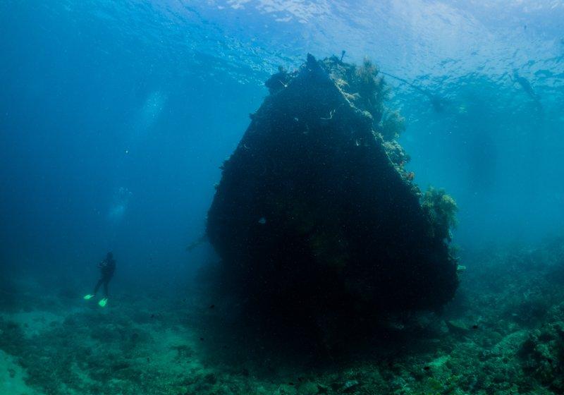 Sangat Island Resort - wreck diving-6