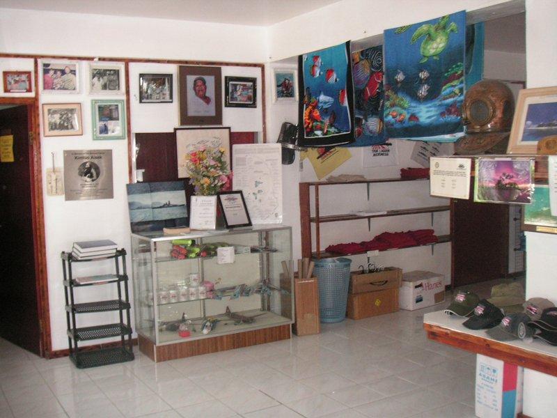Truk Blue Lagoon Resort - dive centre-2