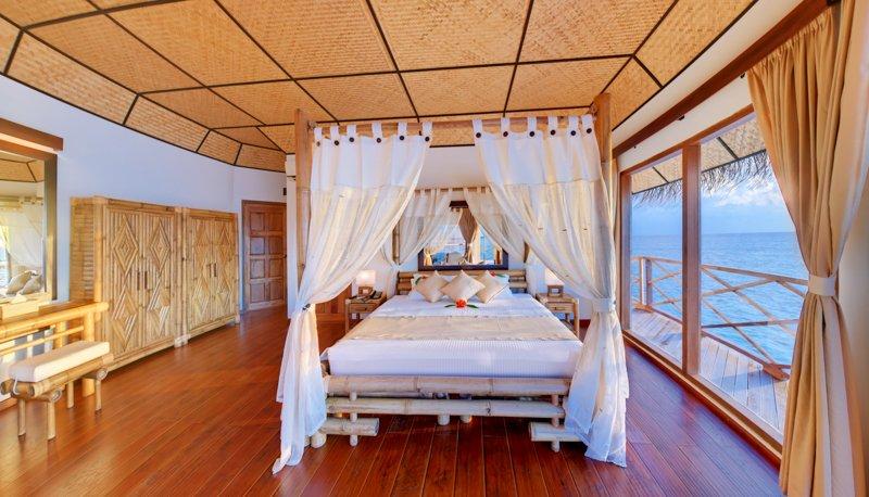 Angaga Island Resort _ Superior Water Bungalow