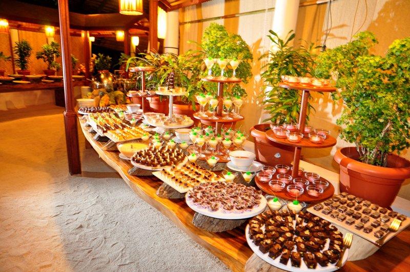 Angaga Island Resort _ foodjpg