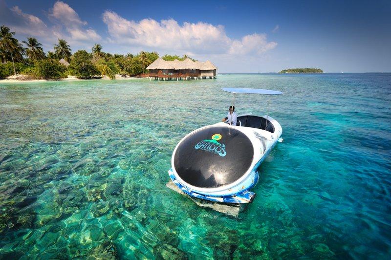 Exc-Glass Bottom Boat