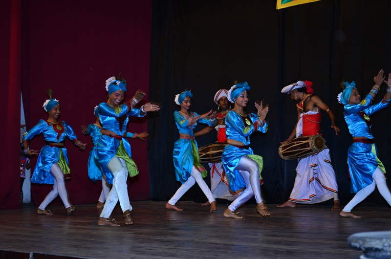 Cultural Dance-3 / Image Lanka Sportreizen