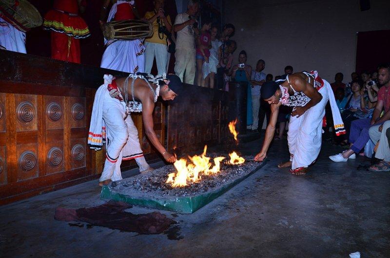 Cultural Dance-6 / Image Lanka Sportreizen