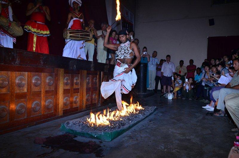 Cultural Dance-7 / Image Lanka Sportreizen