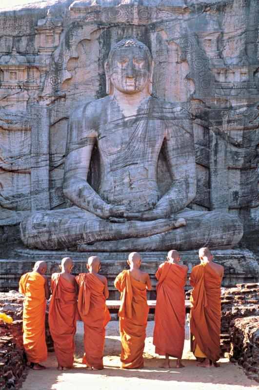 Polonnaruwa Gal Vihare  / Image Lanka Sportreizen