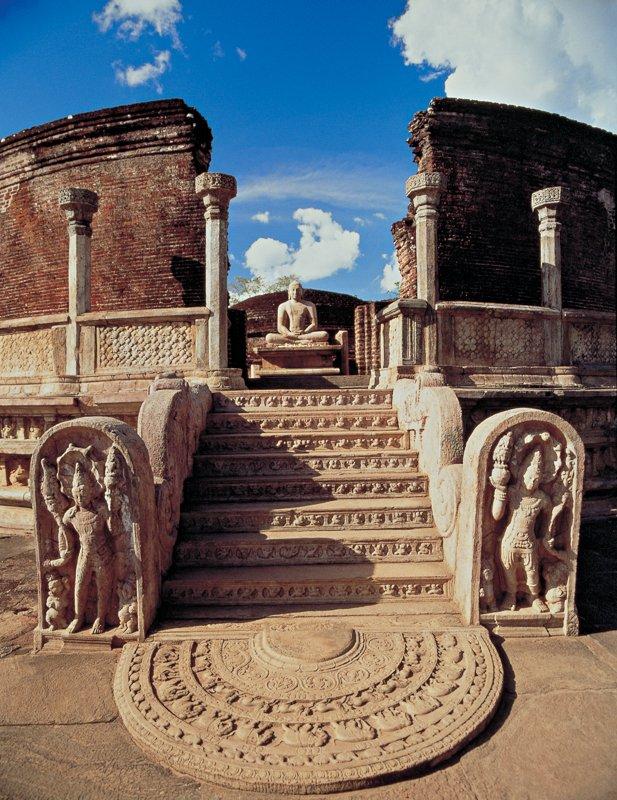 Polonnaruwa Vattadage / Image Lanka Sportreizen