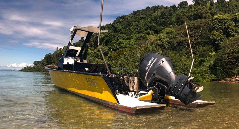 Laka Vao Dive Boat